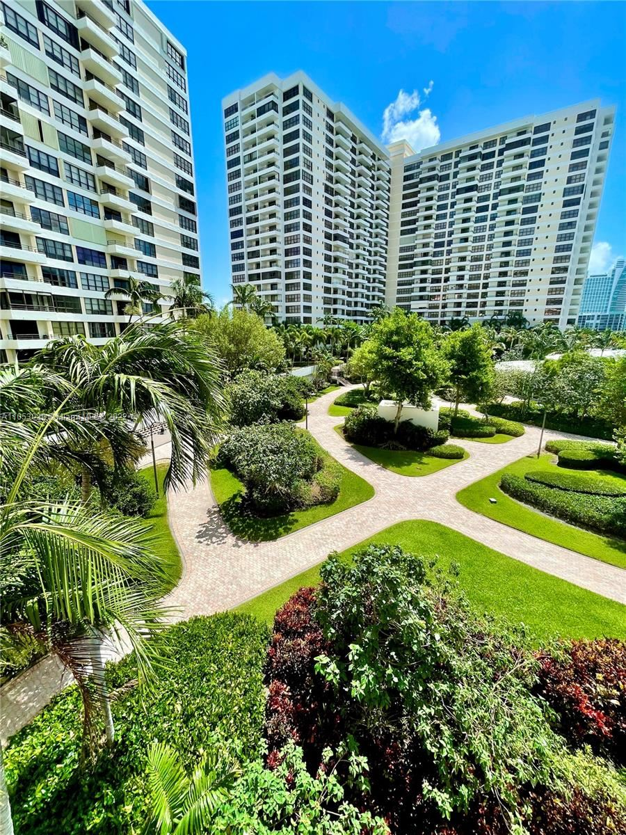600 Three Islands Blvd #312, Hallandale Beach, FL 33009 - #: A11053039