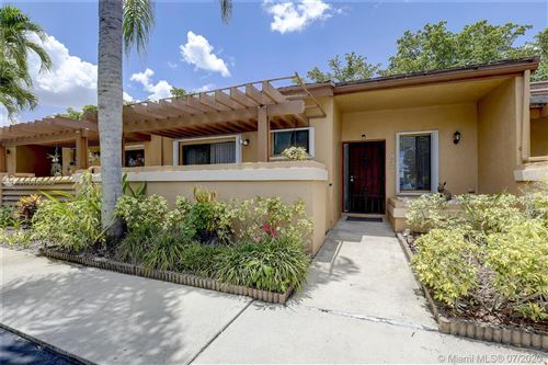 Photo of Listing MLS a10885040 in 837 NW 79th Ter #837 Plantation FL 33324