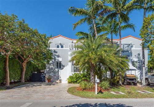 Photo of 668 FERNWOOD RD, Key Biscayne, FL 33149 (MLS # A10976040)