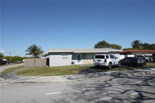 Photo of 13461 SW 68th St, Miami, FL 33183 (MLS # A10986040)