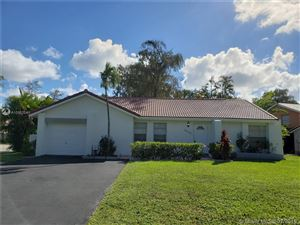 Photo of 9078 Shadow Wood Blvd, Coral Springs, FL 33071 (MLS # A10557041)