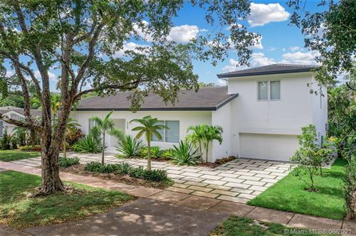 Photo of 1526 Ancona Ave, Coral Gables, FL 33146 (MLS # A11061041)