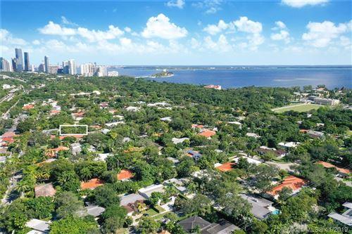 Photo of 25 Samana Dr, Miami, FL 33133 (MLS # A10575042)