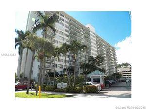 Photo of Miami, FL 33131 (MLS # A10544043)