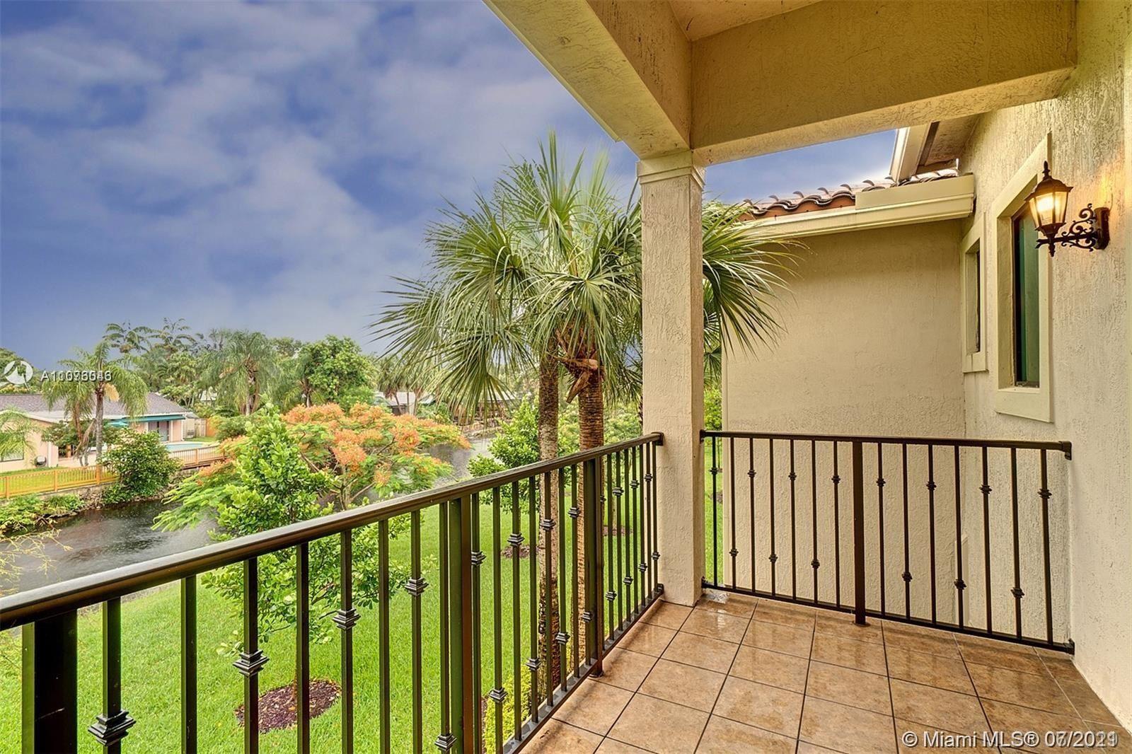 Photo of 136 SW 127th Terrace, Plantation, FL 33325 (MLS # A11076043)
