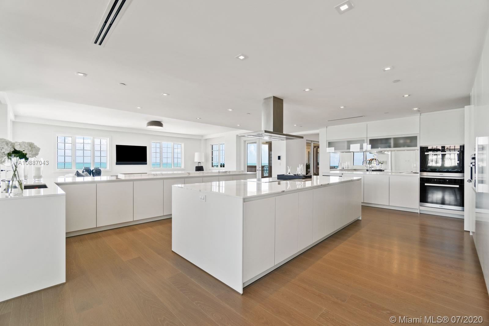 Photo 4 of Listing MLS a10887043 in 7764 Fisher Island Dr #7764 Miami Beach FL 33109