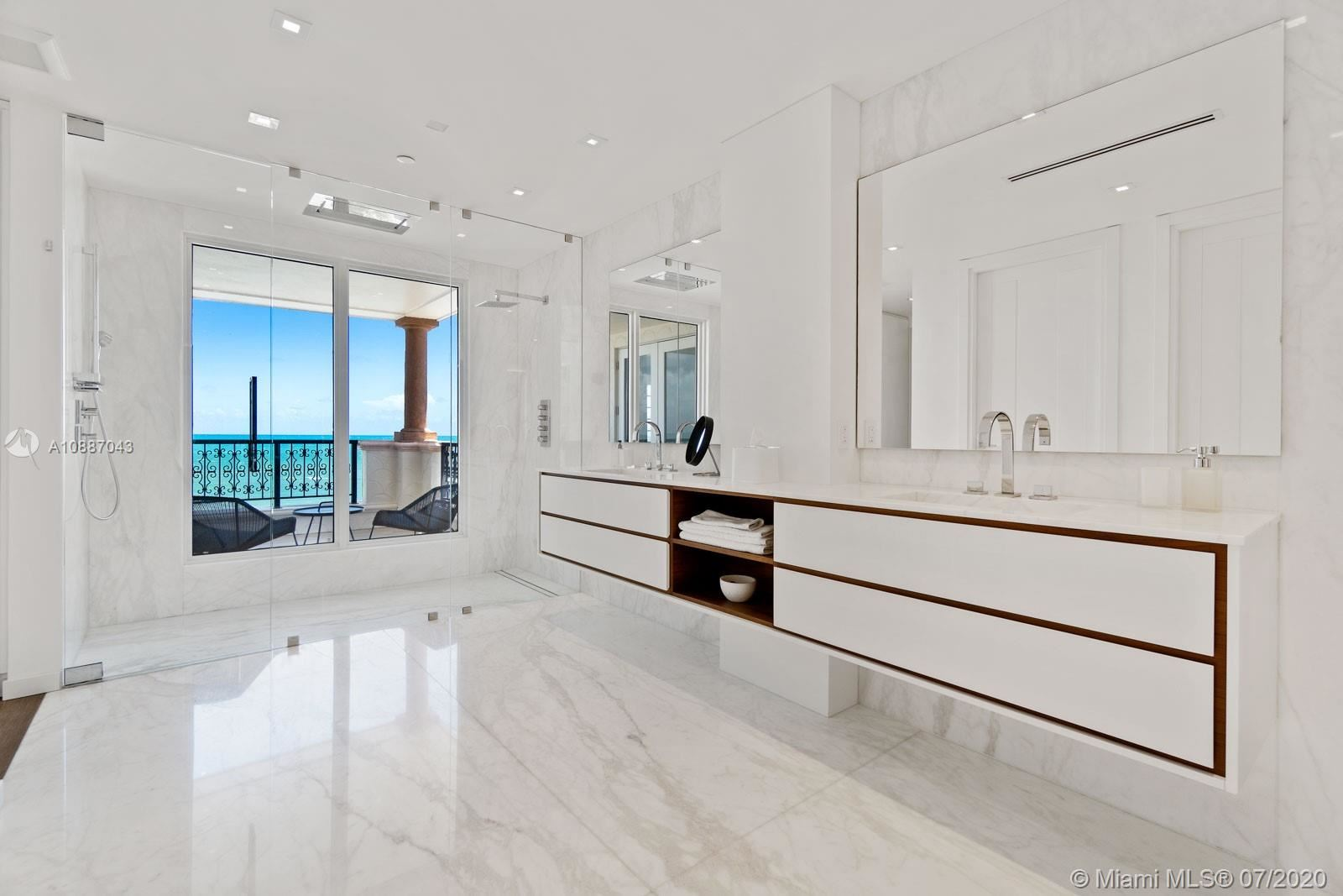 Photo 7 of Listing MLS a10887043 in 7764 Fisher Island Dr #7764 Miami Beach FL 33109