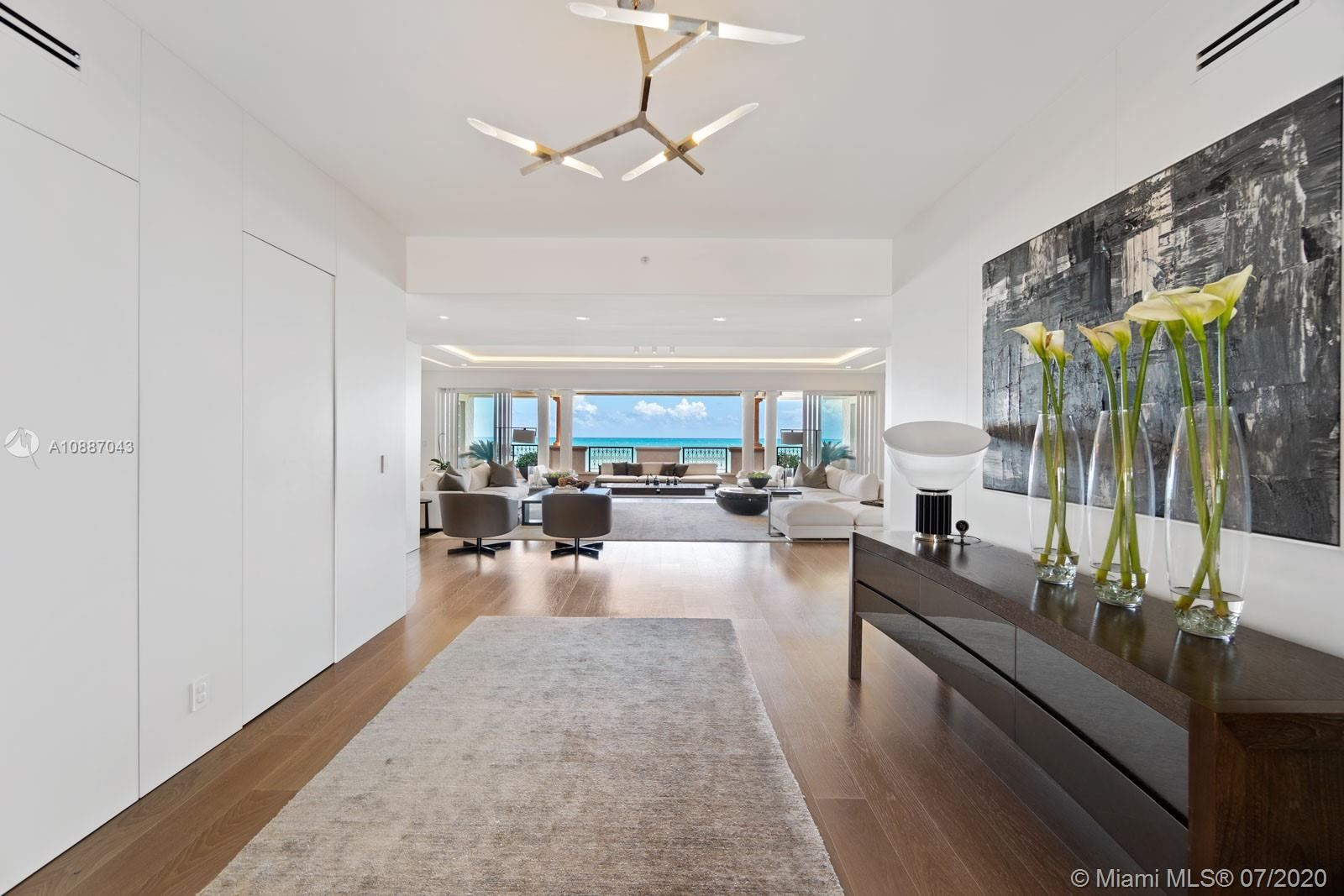 Photo 14 of Listing MLS a10887043 in 7764 Fisher Island Dr #7764 Miami Beach FL 33109