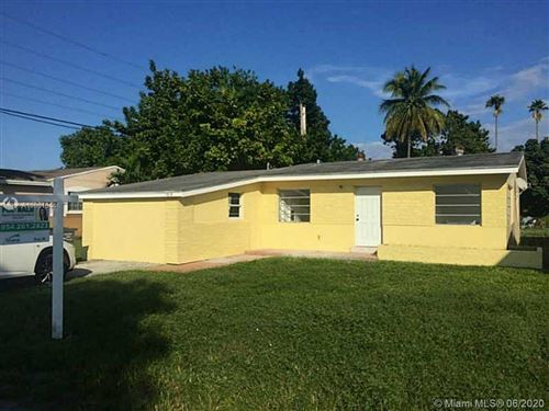 Photo of Listing MLS a10881044 in 1519 S 24th Ter Hollywood FL 33020