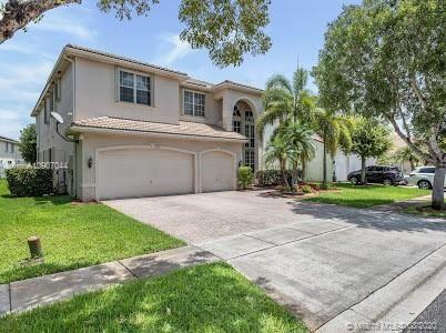Photo of 2135 SW 166th Ave, Miramar, FL 33027 (MLS # A10907044)