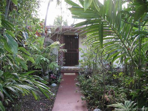 Photo of 19450 SW 118th Ave, Miami, FL 33177 (MLS # A10963045)