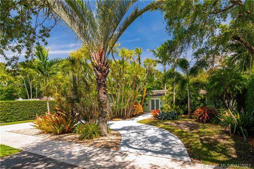 Photo of 178 S Shore Dr S, Coconut Grove, FL 33133 (MLS # A11023046)