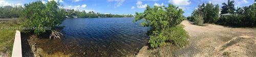 Photo of 104 Paloma Road, Islamorada, FL 33034 (MLS # A10611048)