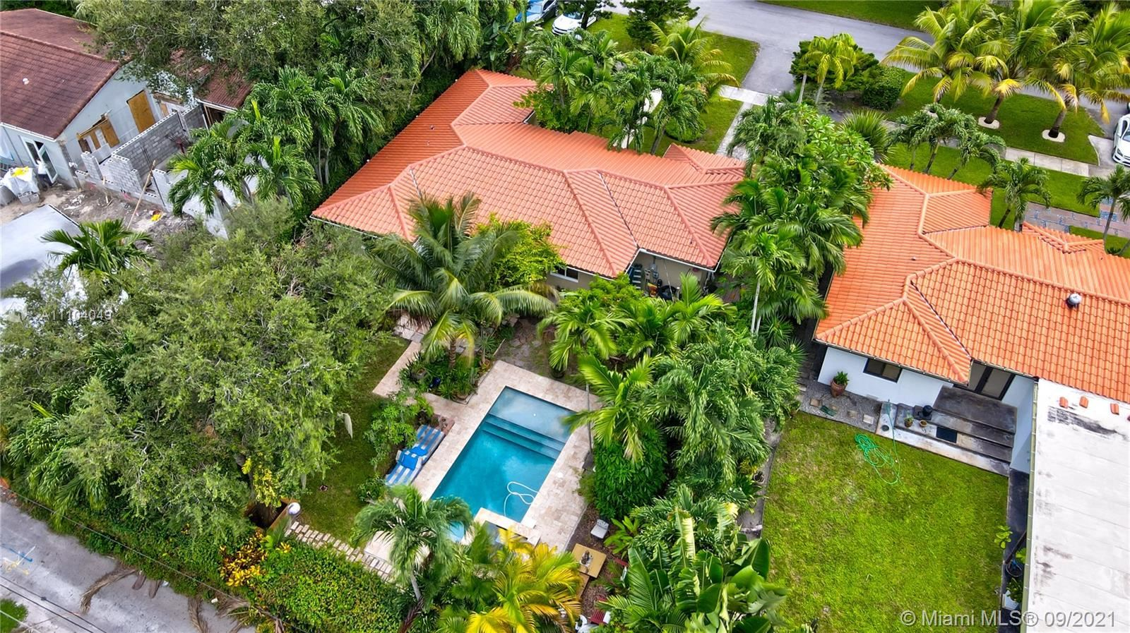 585 NE 93rd St, Miami Shores, FL 33138 - #: A11104049
