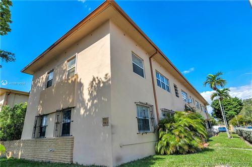 Foto de inmueble con direccion 3901 W Flagler St #1A Miami FL 33134 con MLS A10818050