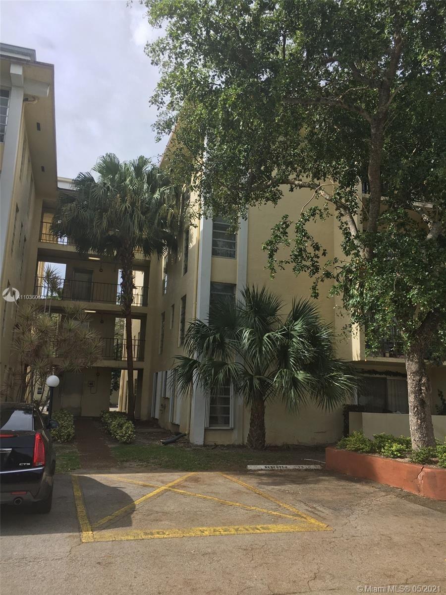 Photo of 11925 NE 2nd Ave #B305, North Miami, FL 33161 (MLS # A11036050)
