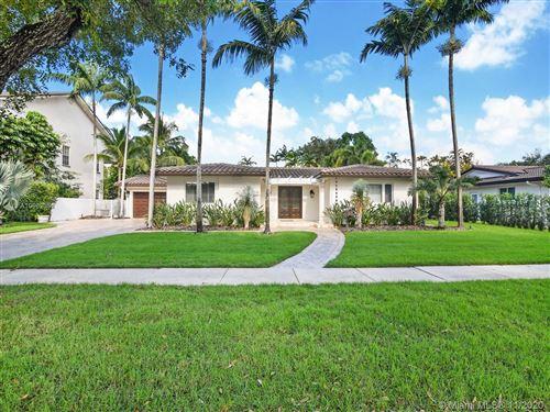 Photo of 7225 S Prestwick Pl, Miami Lakes, FL 33014 (MLS # A10962051)