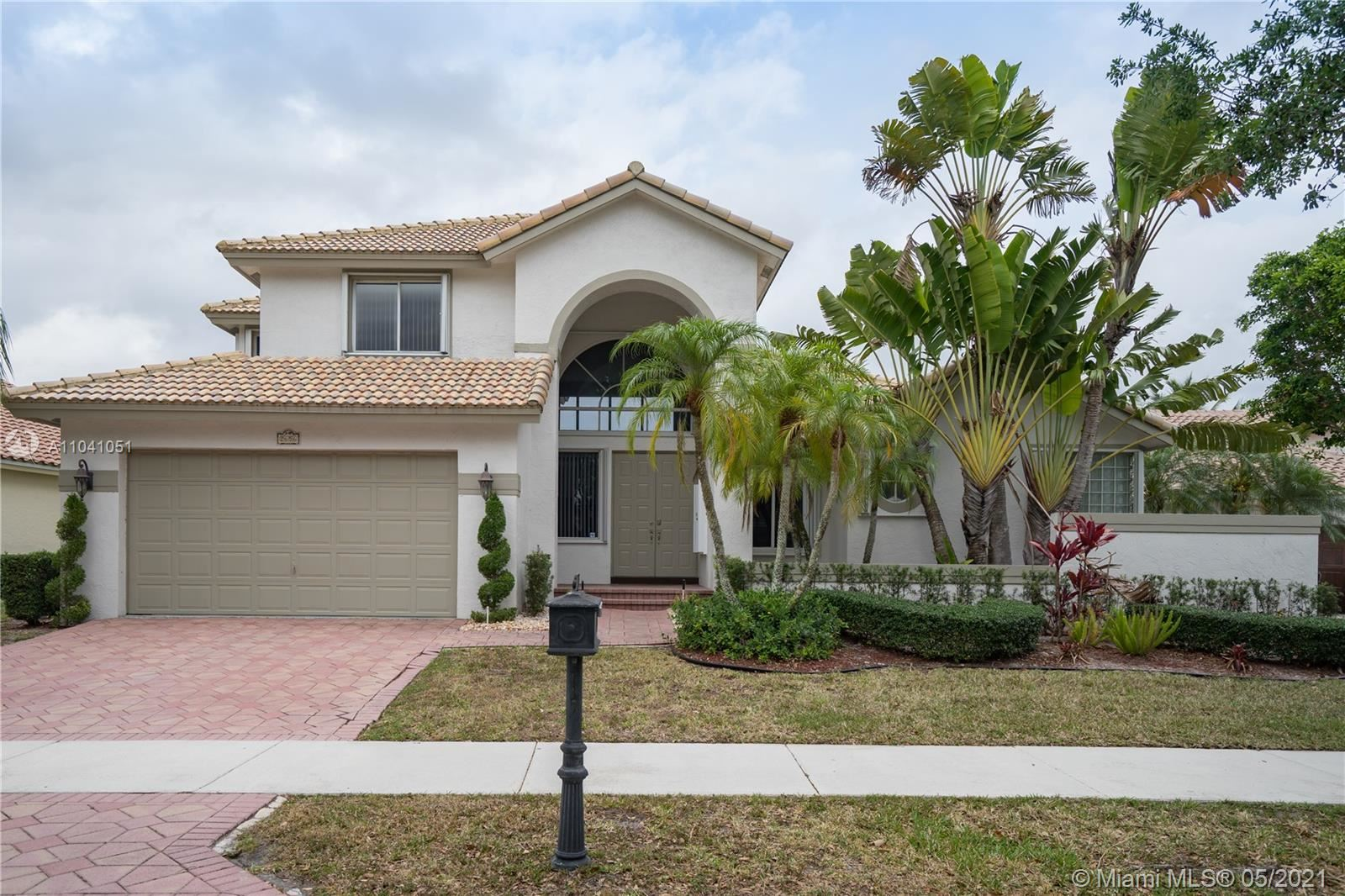 Photo of 2656 Nelson Ct, Weston, FL 33332 (MLS # A11041051)