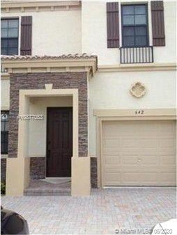 Photo of Listing MLS a10877053 in 642 NE 193rd Ter Miami FL 33179