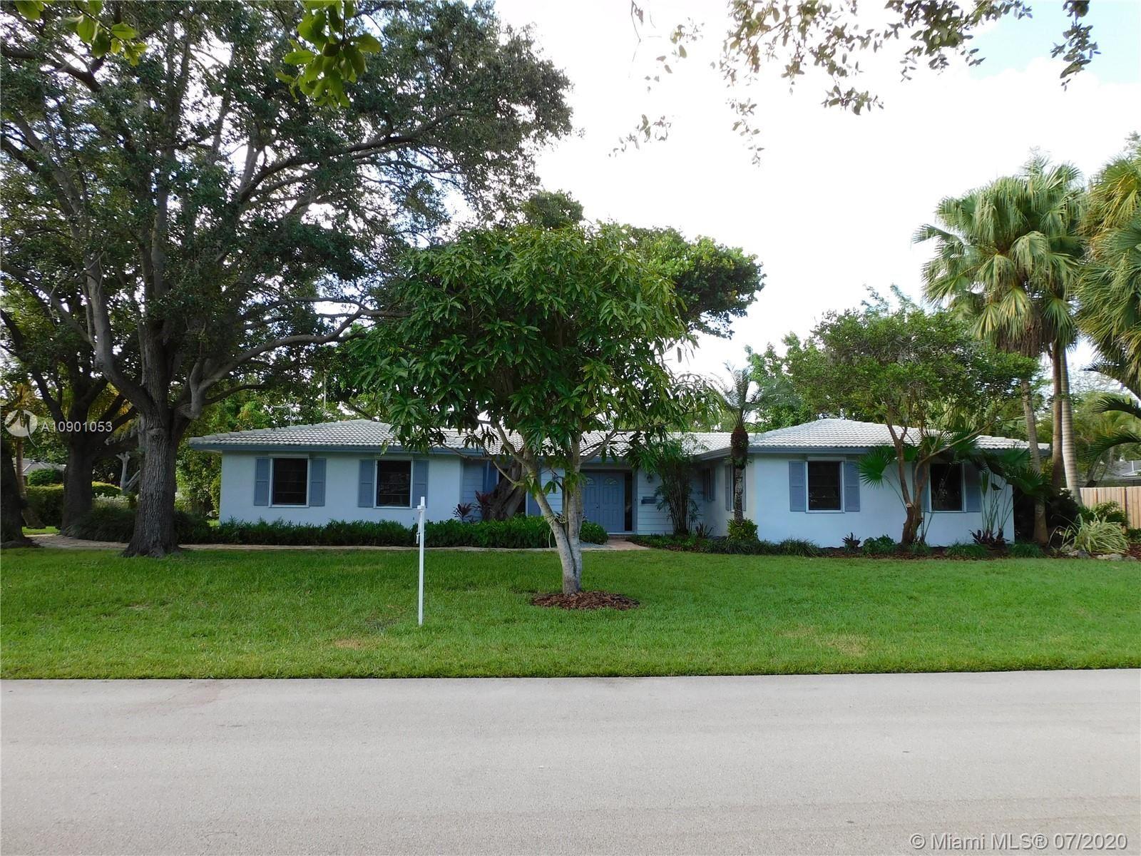 8745 SW 161st St, Palmetto Bay, FL 33157 - #: A10901053