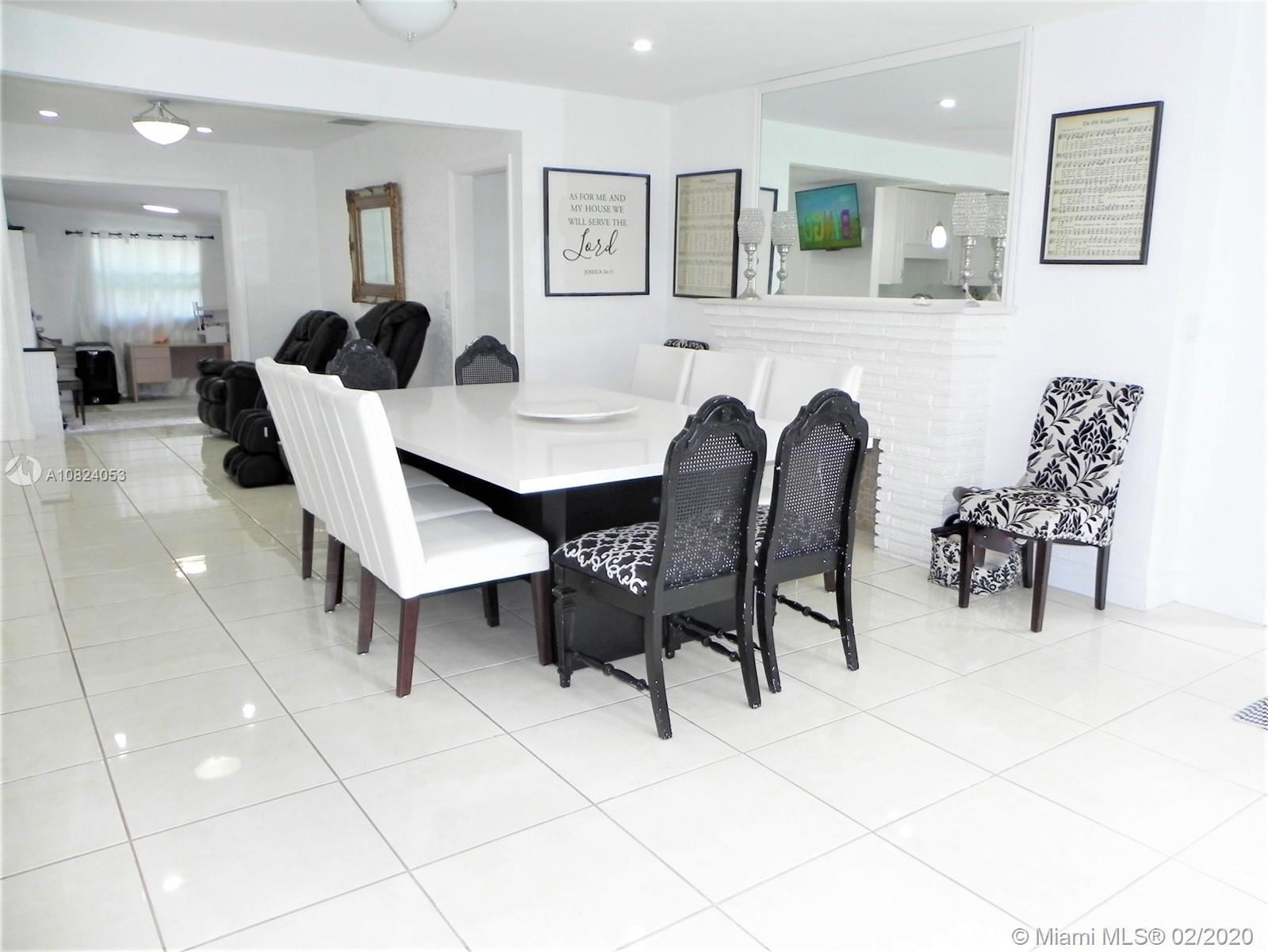 Photo 6 of Listing MLS a10824053 in 1531 Johnson St Hollywood FL 33020