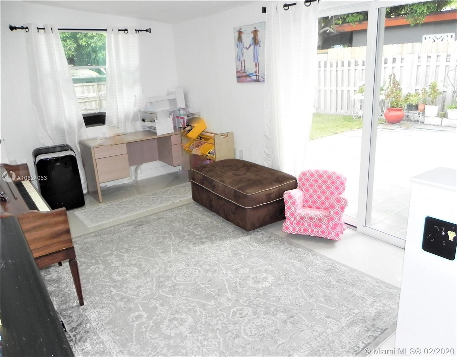 Photo 15 of Listing MLS a10824053 in 1531 Johnson St Hollywood FL 33020
