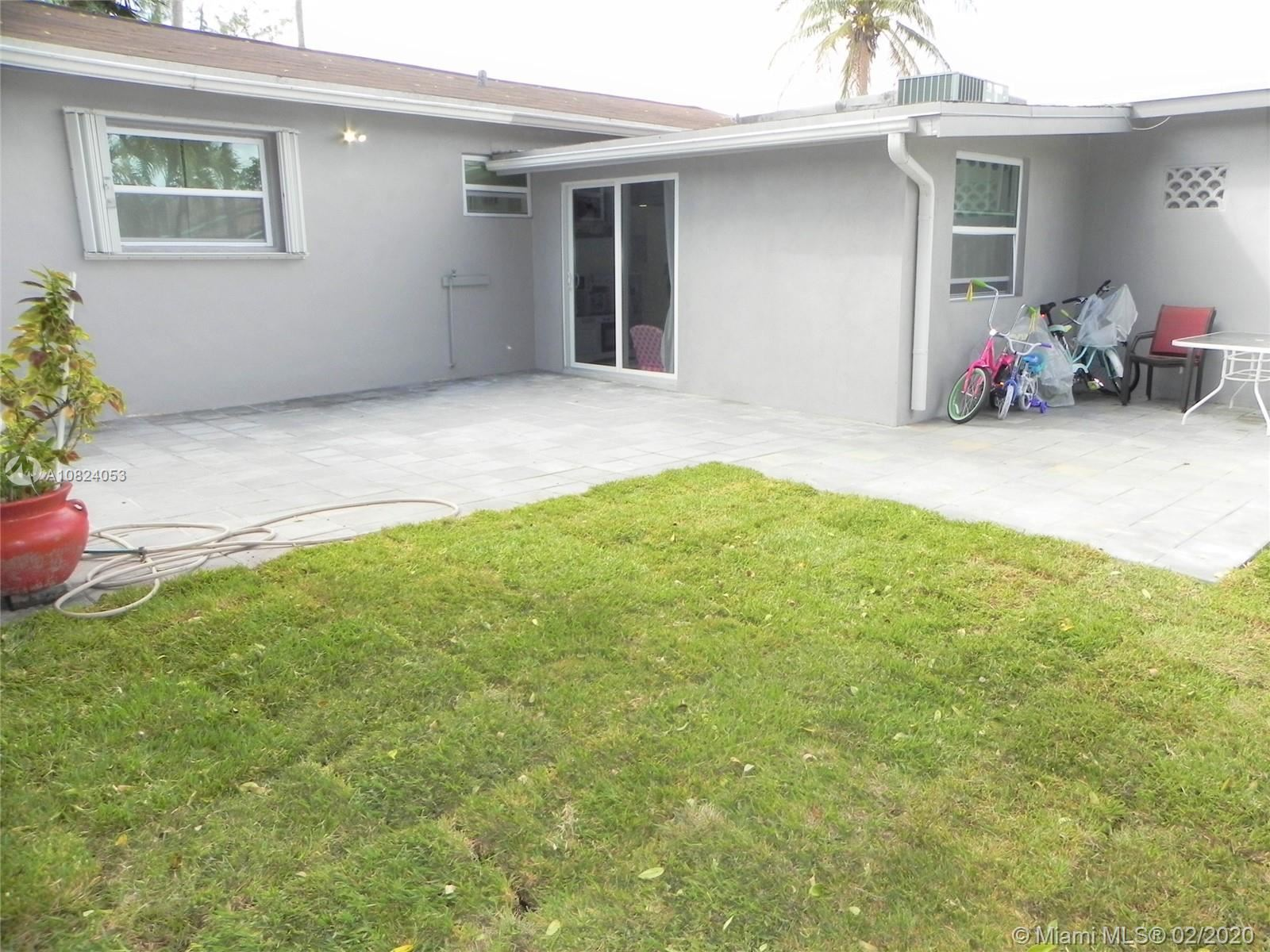 Photo 20 of Listing MLS a10824053 in 1531 Johnson St Hollywood FL 33020