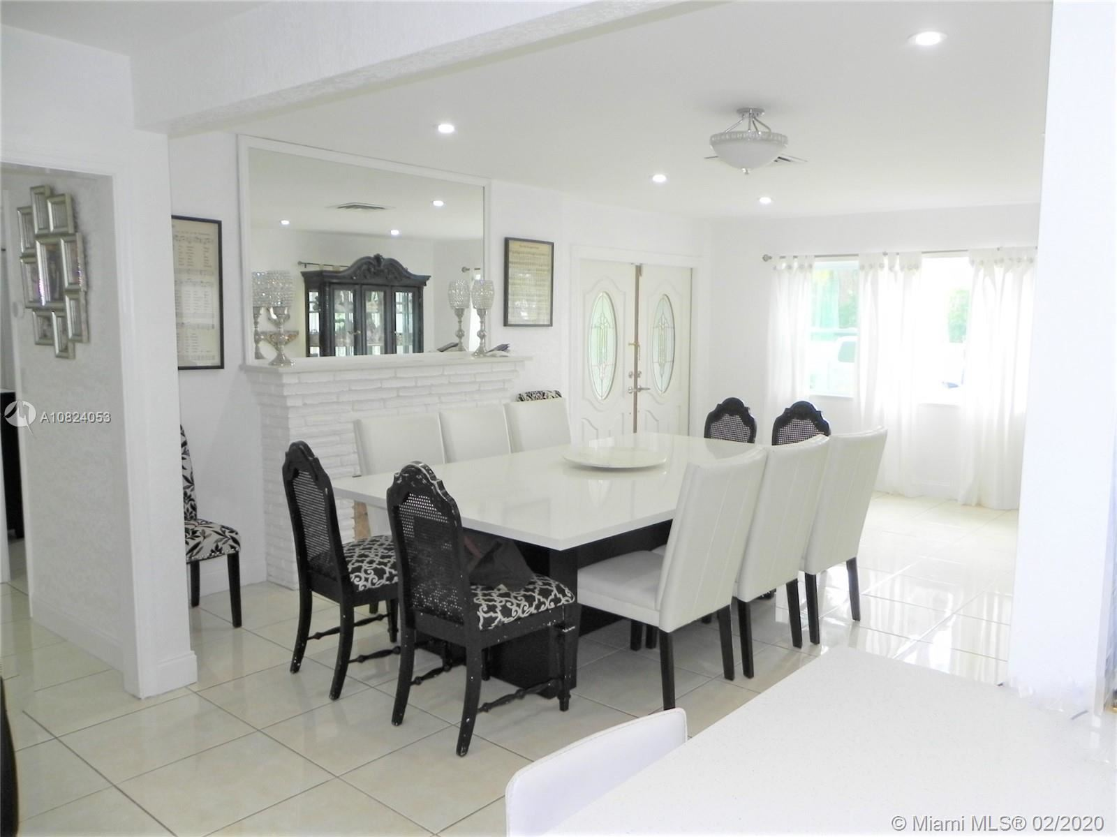Photo 25 of Listing MLS a10824053 in 1531 Johnson St Hollywood FL 33020