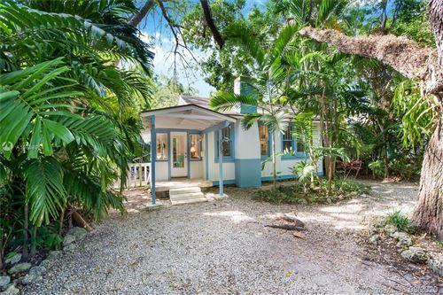Photo of 3582 Avocado Ave, Miami, FL 33133 (MLS # A10838054)