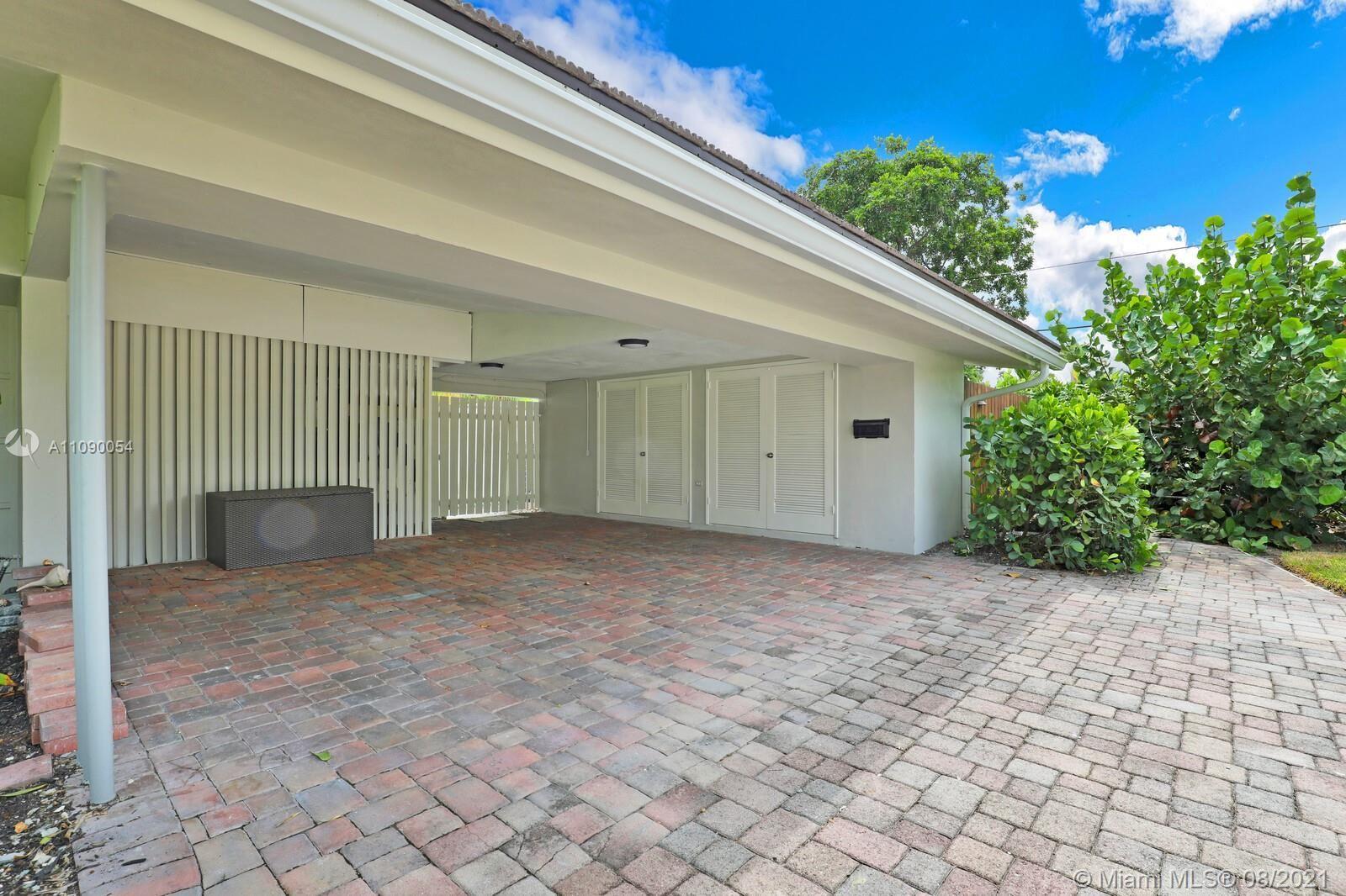 Photo of 2624 NE 29th St, Fort Lauderdale, FL 33306 (MLS # A11090054)