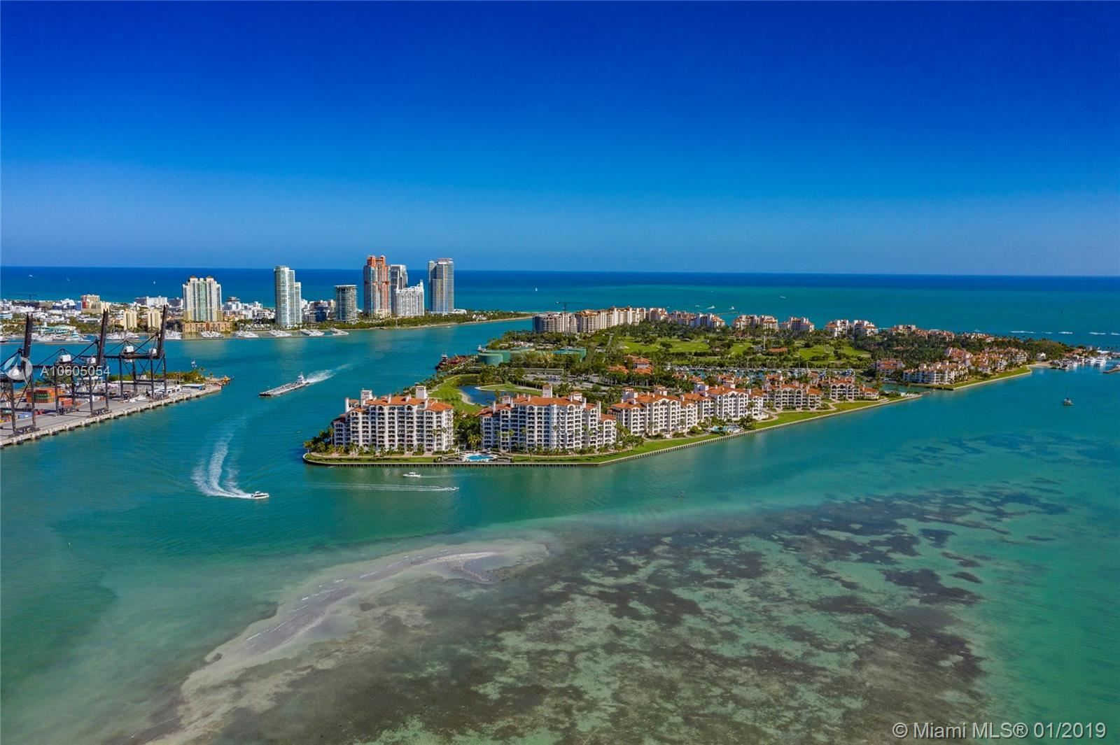 Photo 4 of Listing MLS a10605054 in 5203 Fisher Island Drive #5203 Miami FL 33109