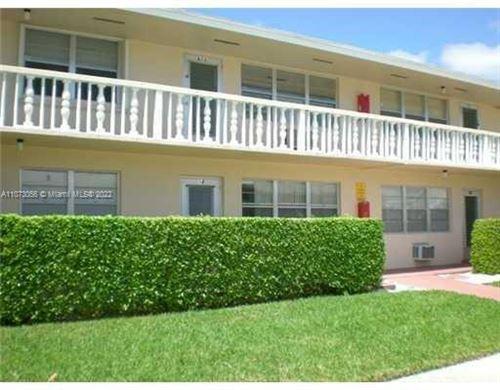 Photo of 18 Hastings #B, West Palm Beach, FL 33417 (MLS # A11073056)