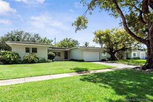 Photo of 408 Como Ave, Coral Gables, FL 33146 (MLS # A11100056)