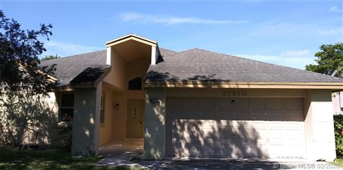 Photo of Listing MLS a10814057 in 21910 SW 98th Ave Cutler Bay FL 33190