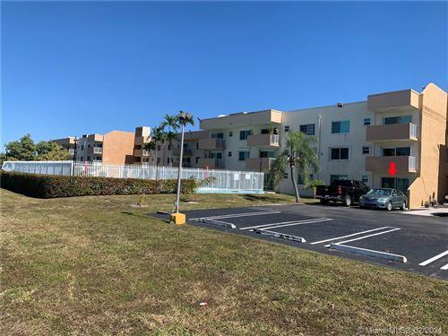 Photo of Miami, FL 33165 (MLS # A10983057)