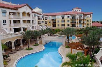 Foto de inmueble con direccion 16102 Emerald Estates Dr #423 Weston FL 33331 con MLS A10811058