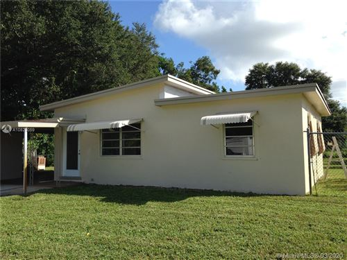 Photo of 15 Edmund Rd, West Park, FL 33023 (MLS # A10825059)