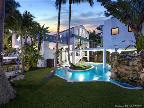 Photo of 3005 Washington St, Miami, FL 33133 (MLS # A10886059)