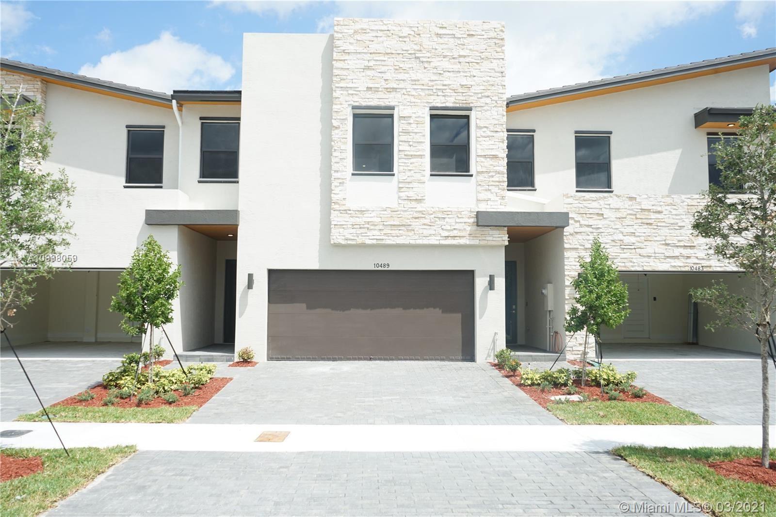 10489 NW 79th Ter, Miami, FL 33178 - #: A10998059