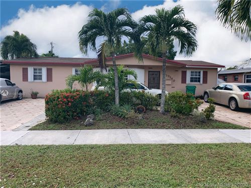 Photo of 17940 NW 77th Ct, Hialeah, FL 33015 (MLS # A10974060)