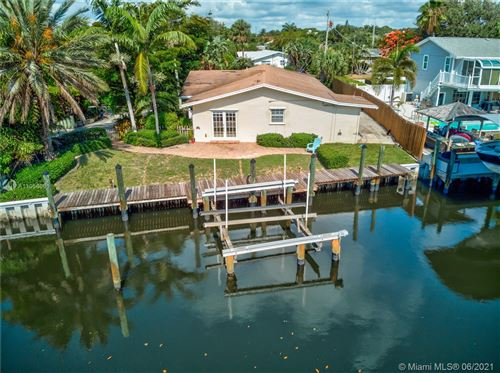 Photo of 2561 Old Donald Ross Rd, Palm Beach Gardens, FL 33410 (MLS # A11058061)