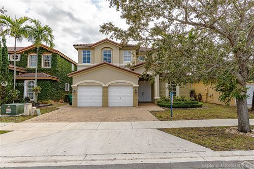 Photo of Listing MLS a10810062 in 11224 NW 77th Ter Doral FL 33178
