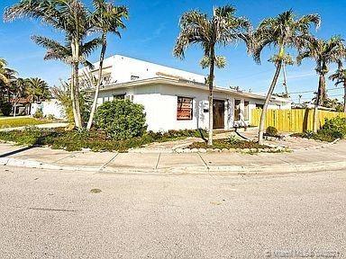 Photo of 1441 S Treasure Dr, North Bay Village, FL 33141 (MLS # A11030062)