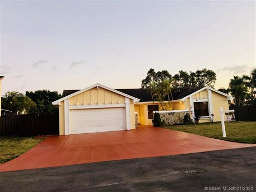 Photo of Listing MLS a10808064 in 15626 SW 47th Ter Miami FL 33185