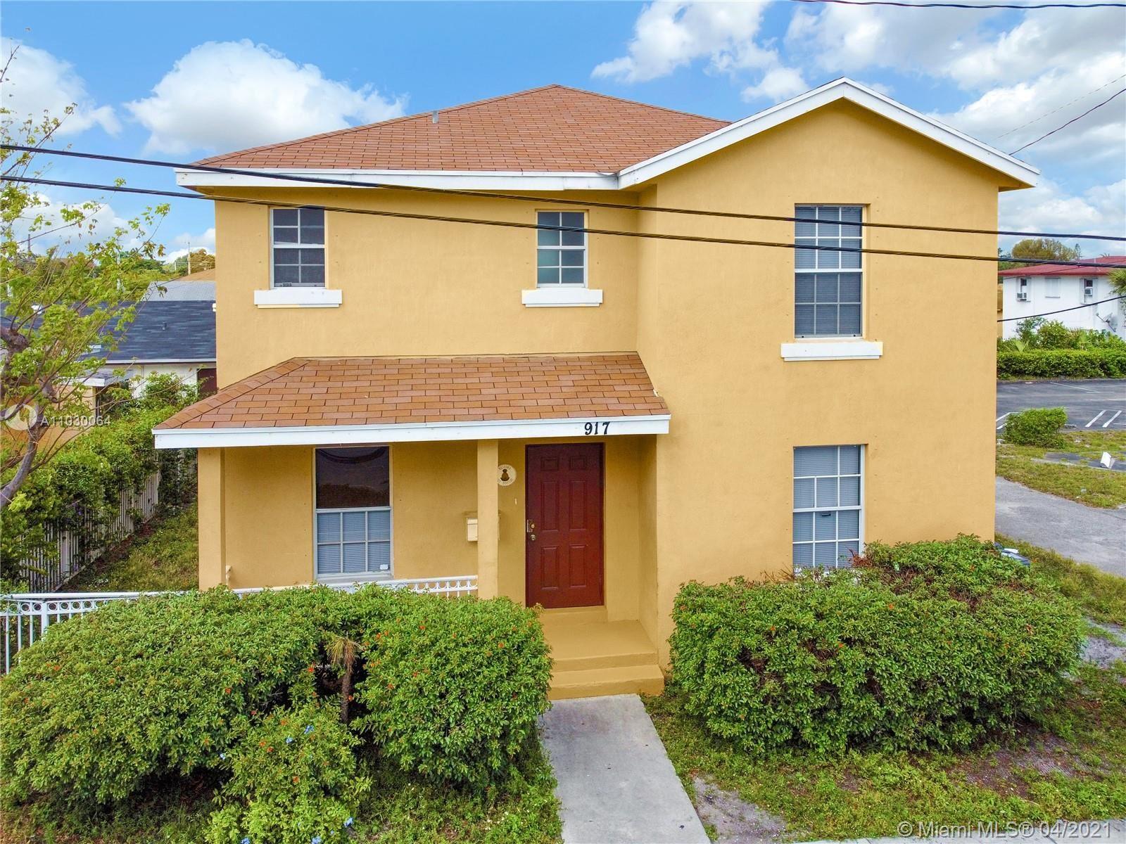 917 Douglass Ave, West Palm Beach, FL 33401 - #: A11030064