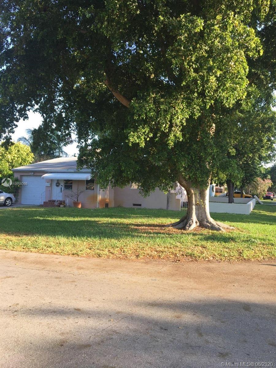 1629 Mckinley St, Hollywood, FL 33020 - #: A10856065