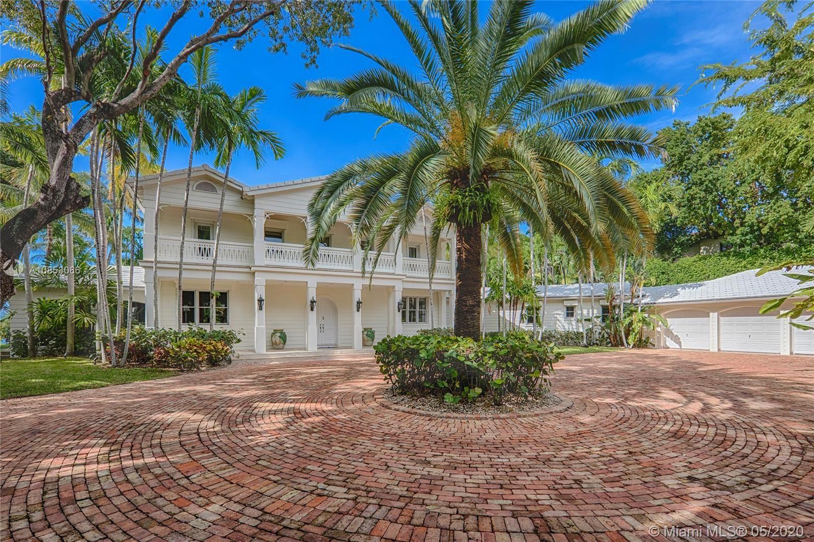 Photo 3 of Listing MLS a10853066 in 1 Star Island Dr Miami Beach FL 33139