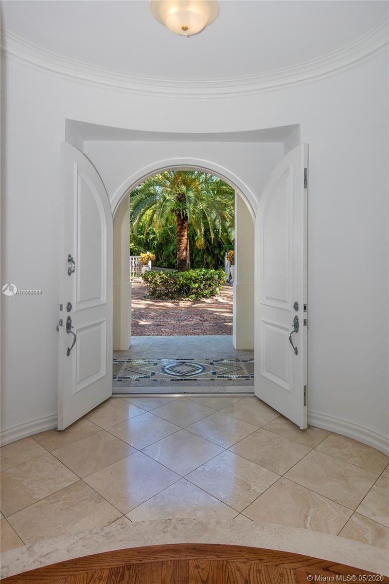 Photo 7 of Listing MLS a10853066 in 1 Star Island Dr Miami Beach FL 33139