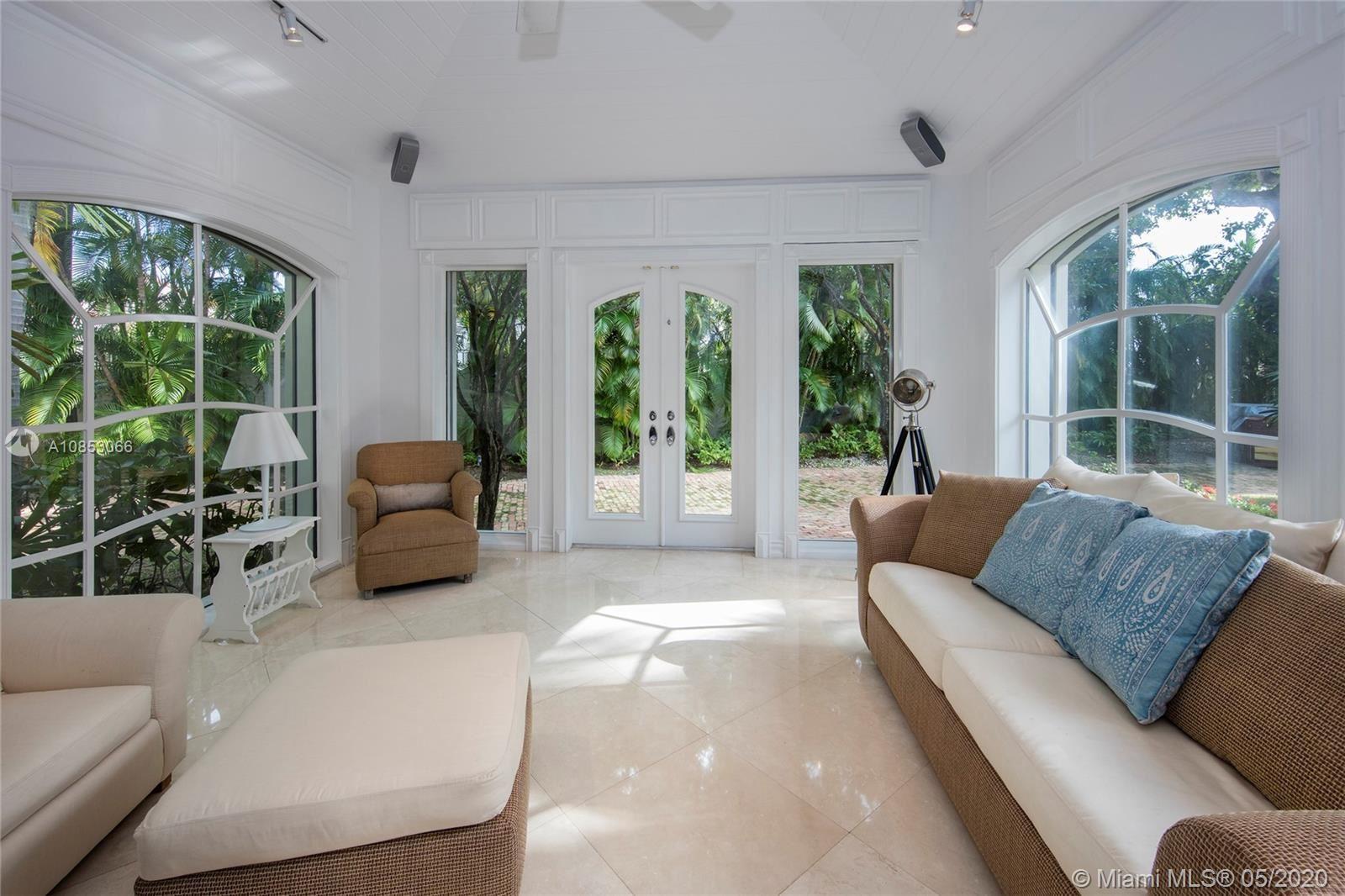 Photo 9 of Listing MLS a10853066 in 1 Star Island Dr Miami Beach FL 33139