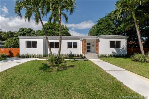 Photo of Listing MLS a10759067 in 475 NE 89th St El Portal FL 33138